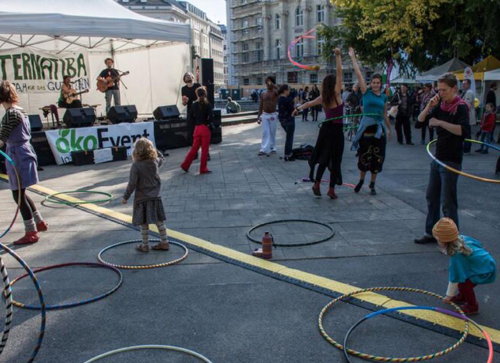 Bild vom Alternatiba-Straßenfest in Wien