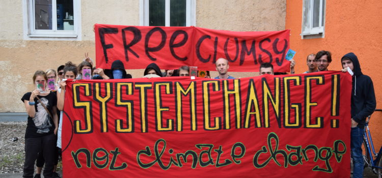 """Free """"Clumsy"""" – Klimaschutz ist kein Verbrechen!"""