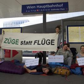 Proteste am Wiener Hauptbahnhof