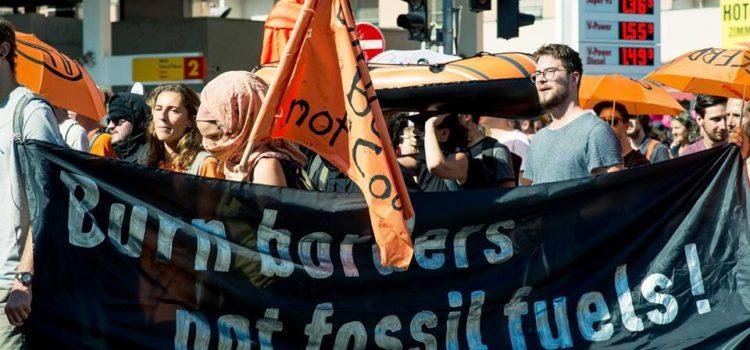 Soli-Protest in Wien: Hambi Bleibt – Raus aus Fossilen!