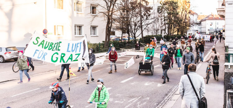 Parade als Kampagnenauftakt: Let's MoVe iT!