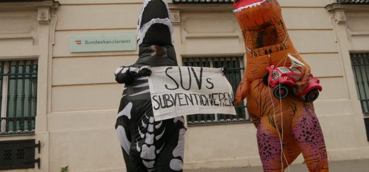 Presseaussendung: Dino-Protest für Rettung von Klimakiller Auto