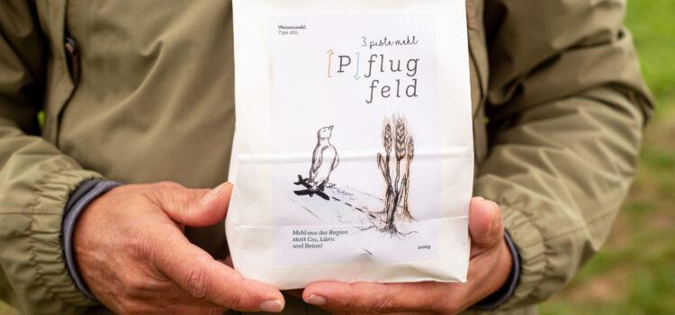 Presseaussendung: Dritte Piste: Mehl von bedrohten landwirtschaftlichen Flächen als neues Protestsymbol