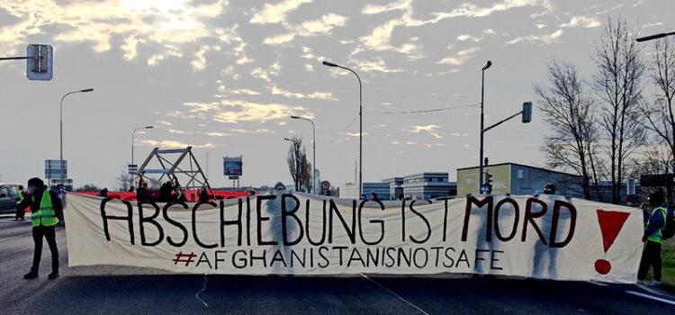 Solidarität mit Blockade eines Abschiebeflugs in Wien