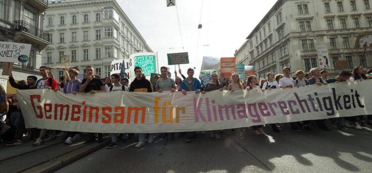 Viel mehr als Klimaschutz: Was Klimagerechtigkeit bedeutet